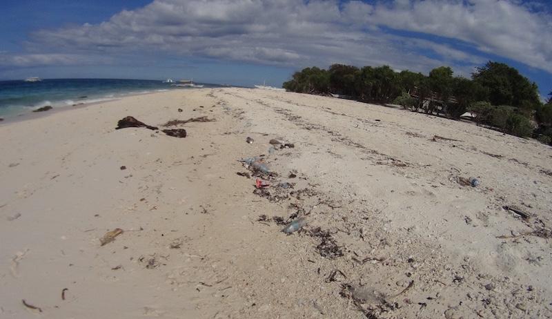 BeachTrashBalicasag