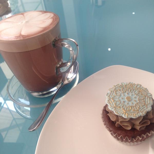 Blossom Cafe Cupcake