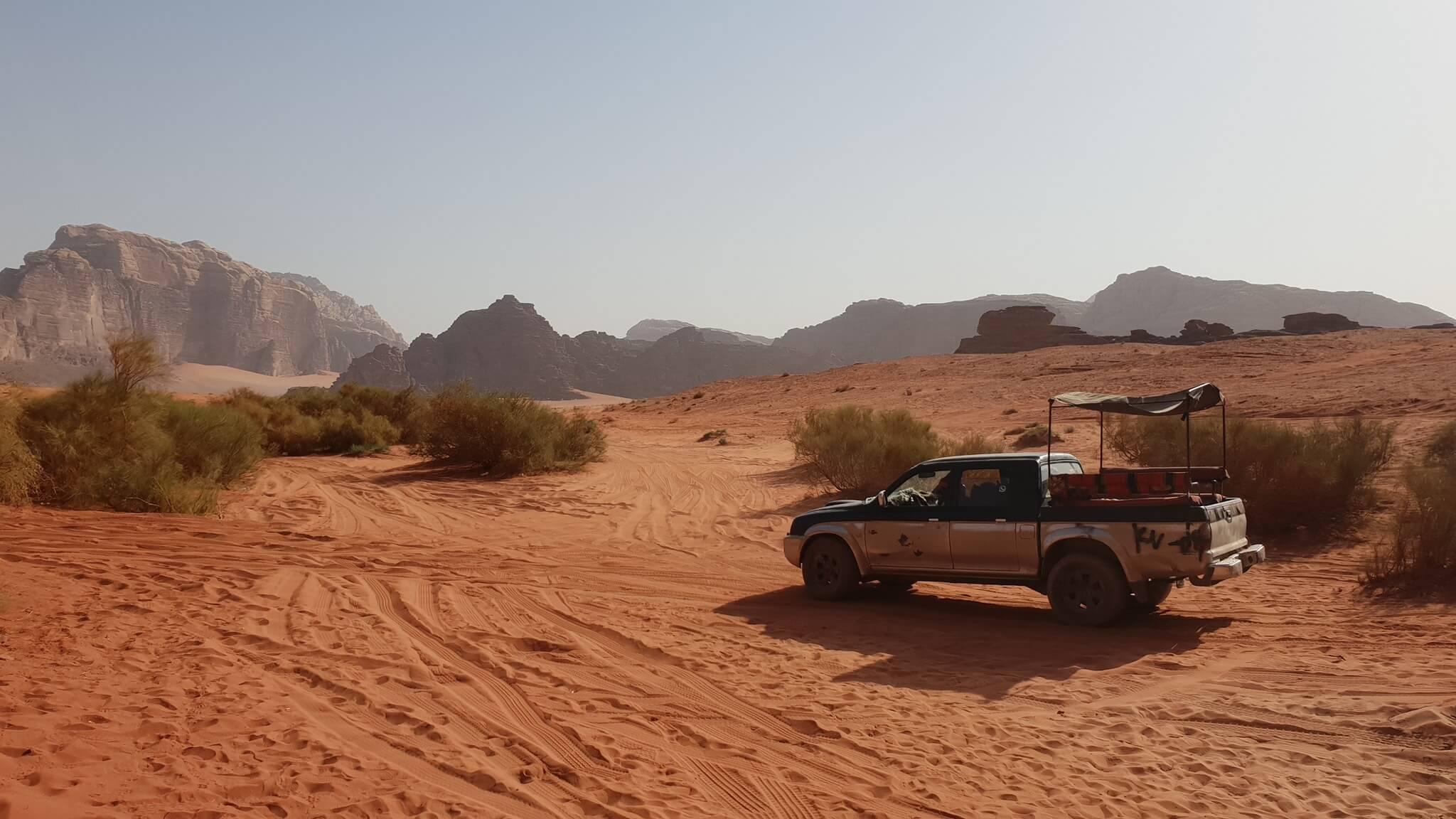 wadi-rum-jeep-tour