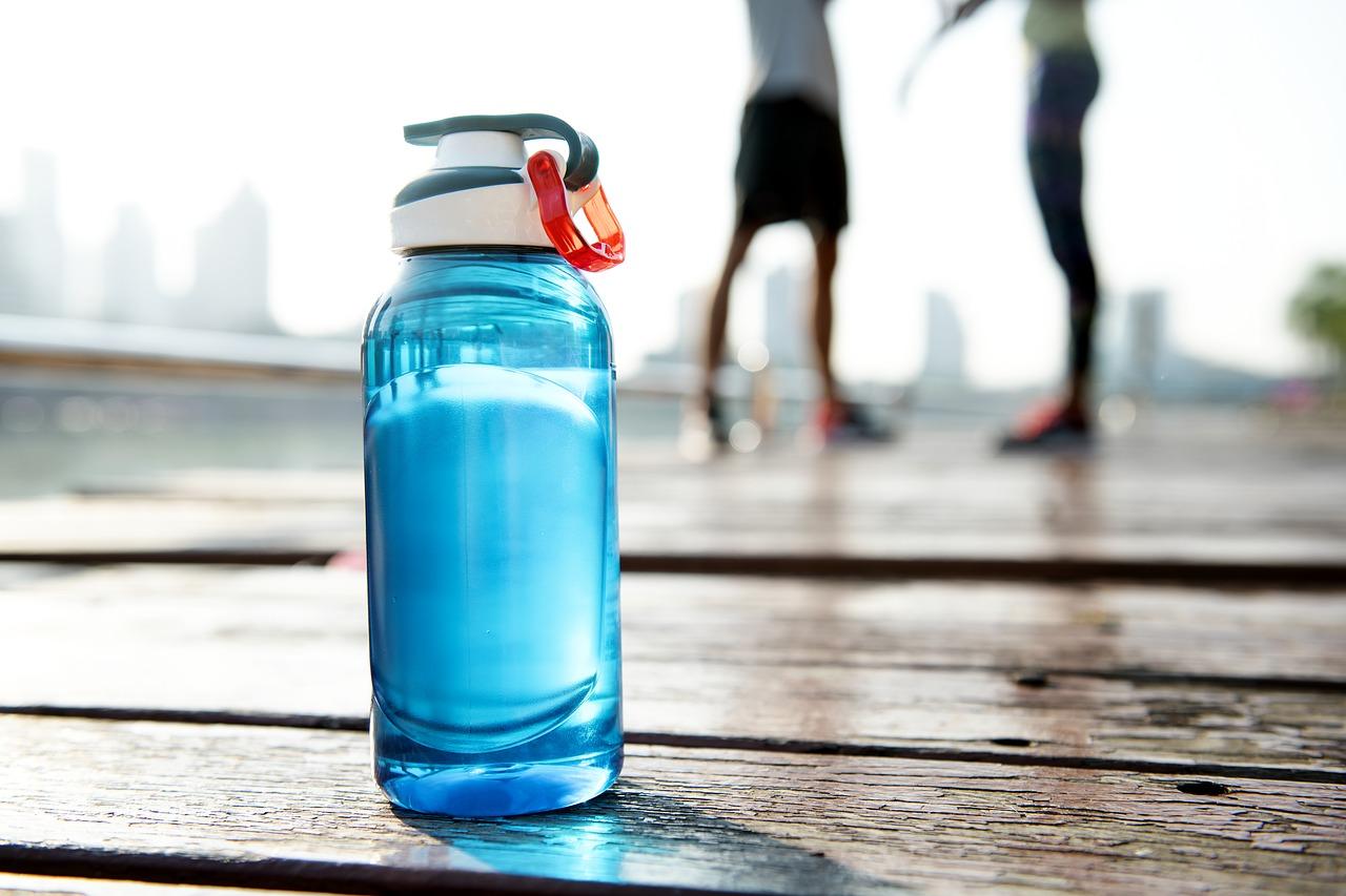 water-refill-no-plastic-travel